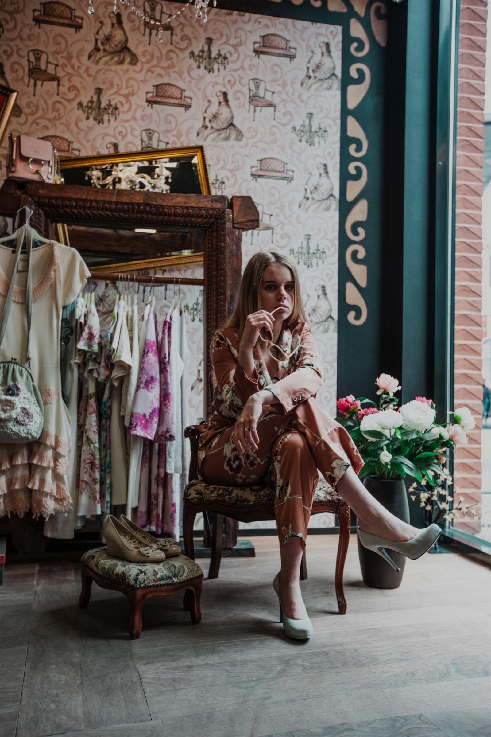 Men's/Women's Quality Clothing Manufacturers & Jersey Manufacturers & Garment Manufacturers ~ Private Label Ladies/Women's Wear: Blouses, T shirts, Dresses, Skirts, Sweatshirts, Hoodies, Trousers | Men's Wear - Kid's Wear - Activewear - Accessories | İstanbul - TURKEY